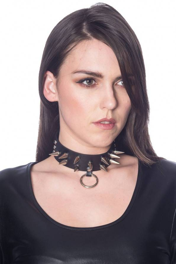 Banned Halsband Spikes & Ring